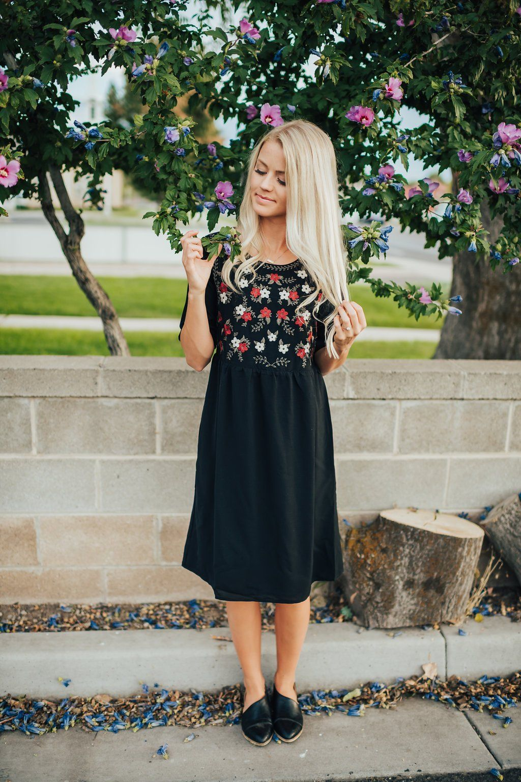 14 Affordable Winter Wedding Guest Dresses for 2018