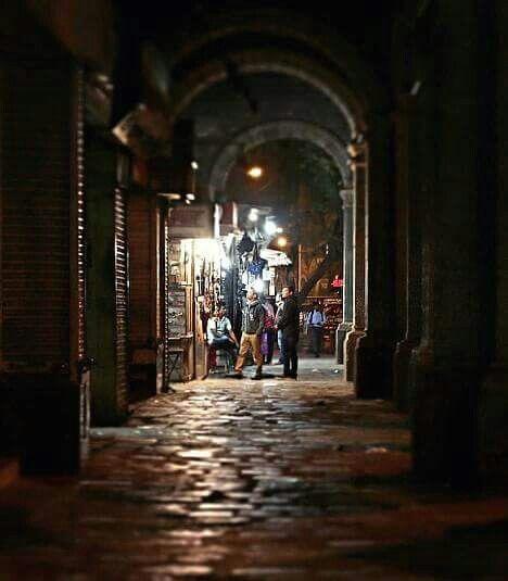 Streets Of Mumbai At Night