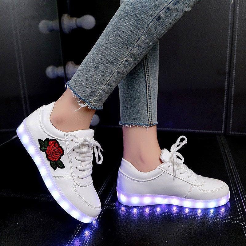 Zapatos para niños Niñas Zapatillas Casual Iluminado Botas de estilo nuevo