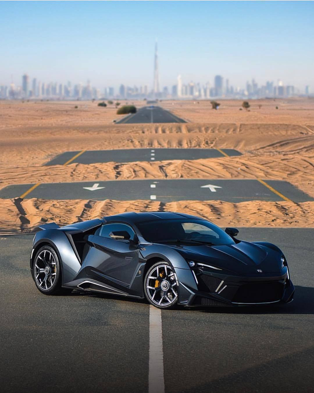 Pin By Yash Boghara On Cars With Images Super Cars Sport Cars Supersport