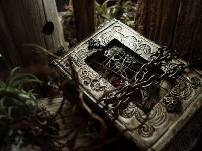 Altered Alchemy Gallery: Handmade Journals - too beautiful to use...