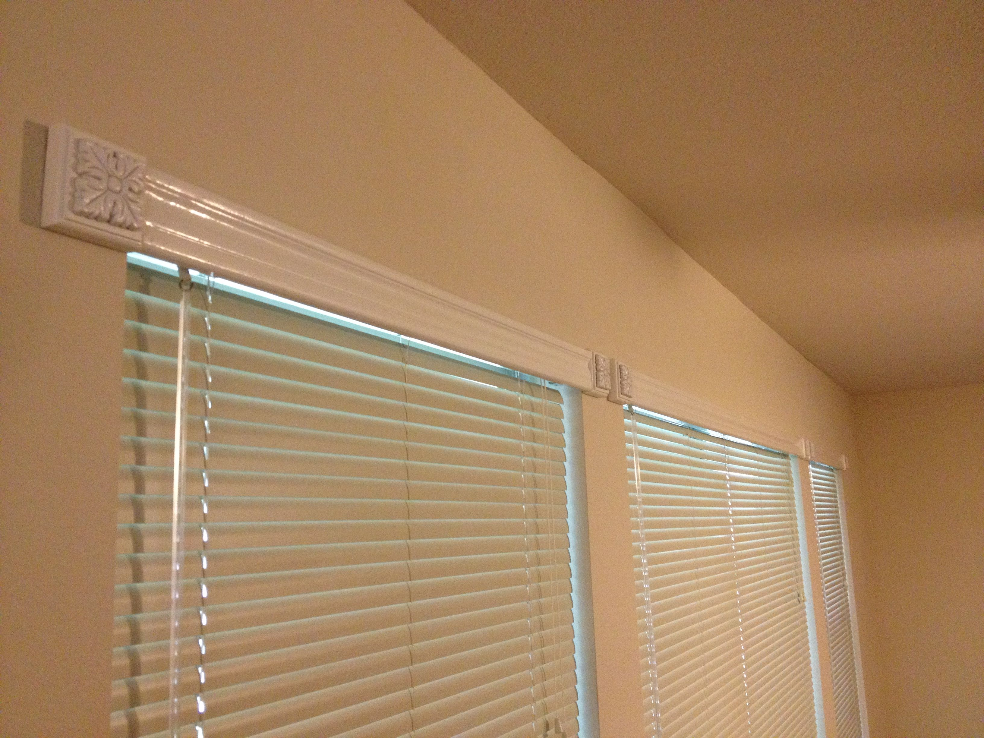 Ordinary Window Treatments For Less Part - 3: Curtain-less Window Treatment - Cover Up The Tops Of The Mini-blinds With
