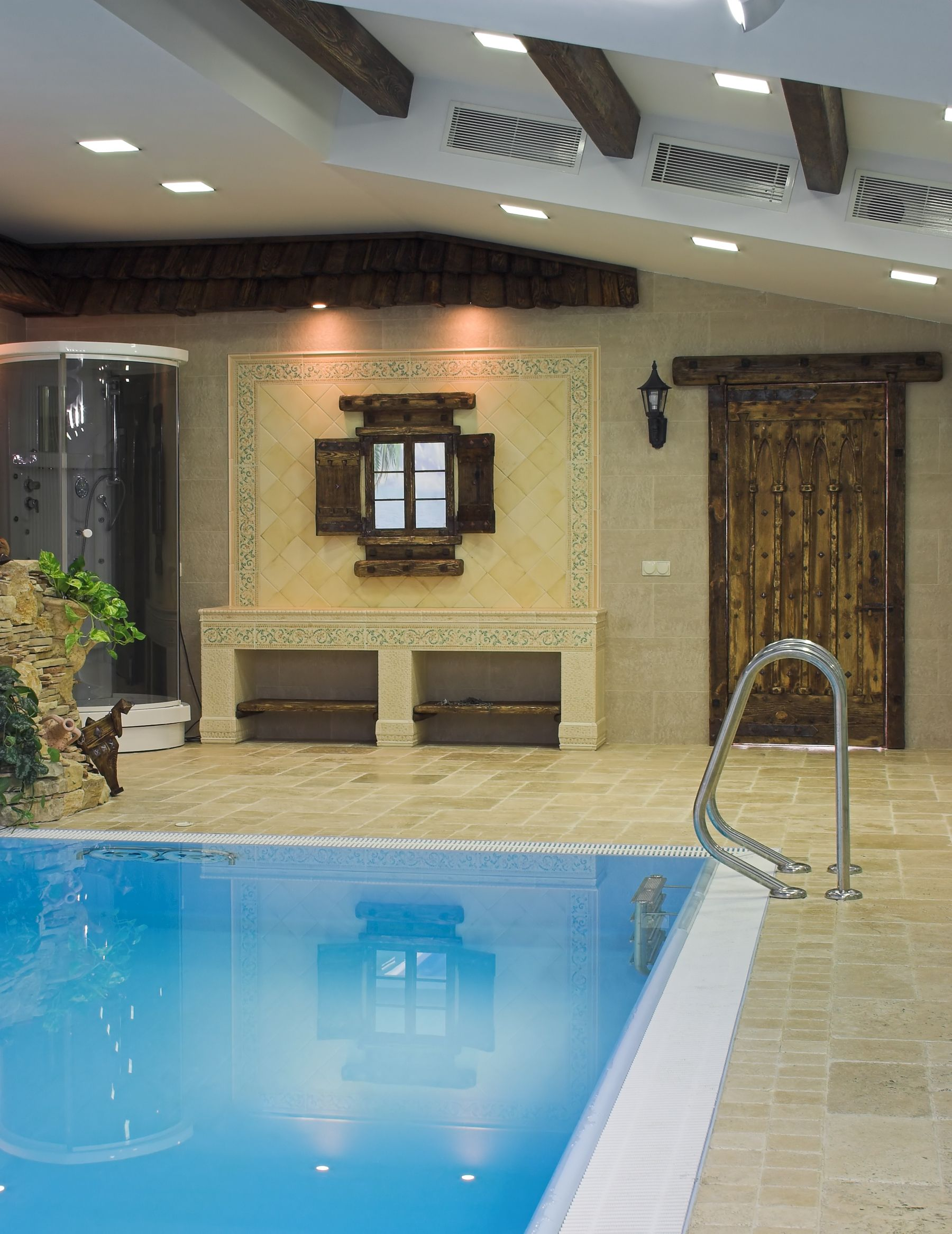 45 Screened In Covered And Indoor Pool Designs Indoor Pool Design Swimming Pool Designs Indoor Pool