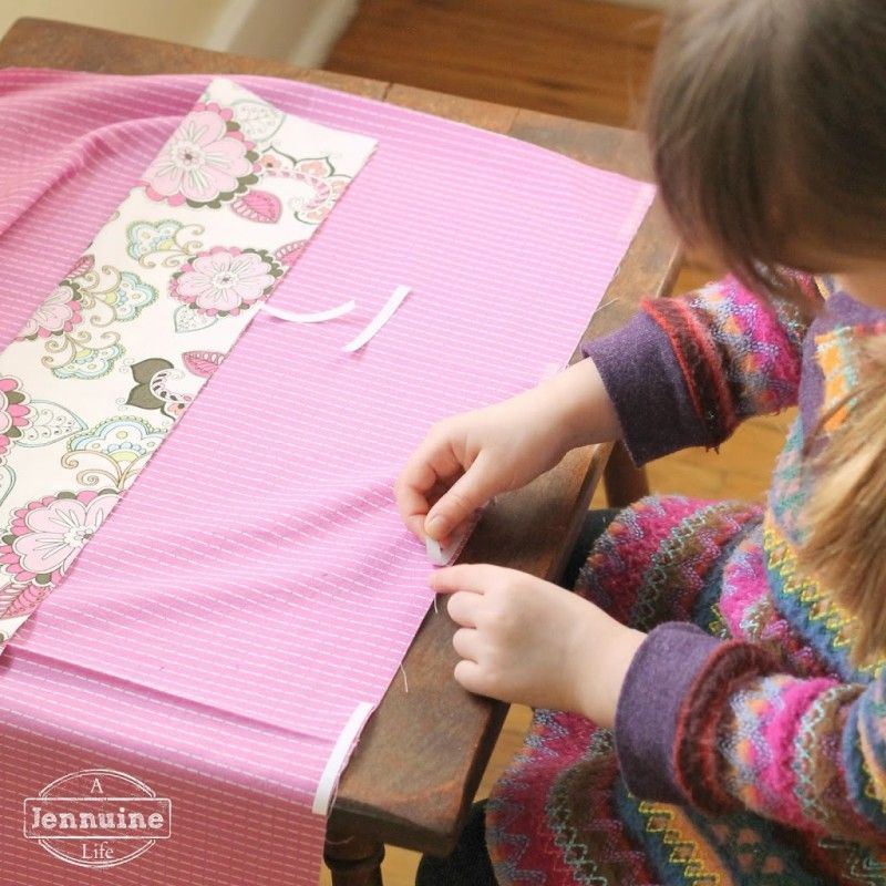 Tiny Sewists: Teaching Kids to Sew :: Lesson 7, Project 1 - A Jennuine Life