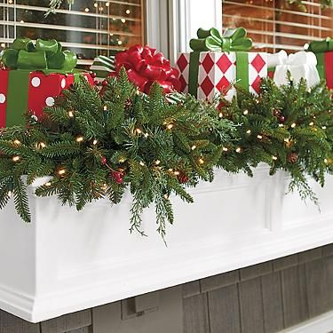 Outdoor Christmas Window Swags.Madison Fraser Cordless Window Swag Home Decor Christmas