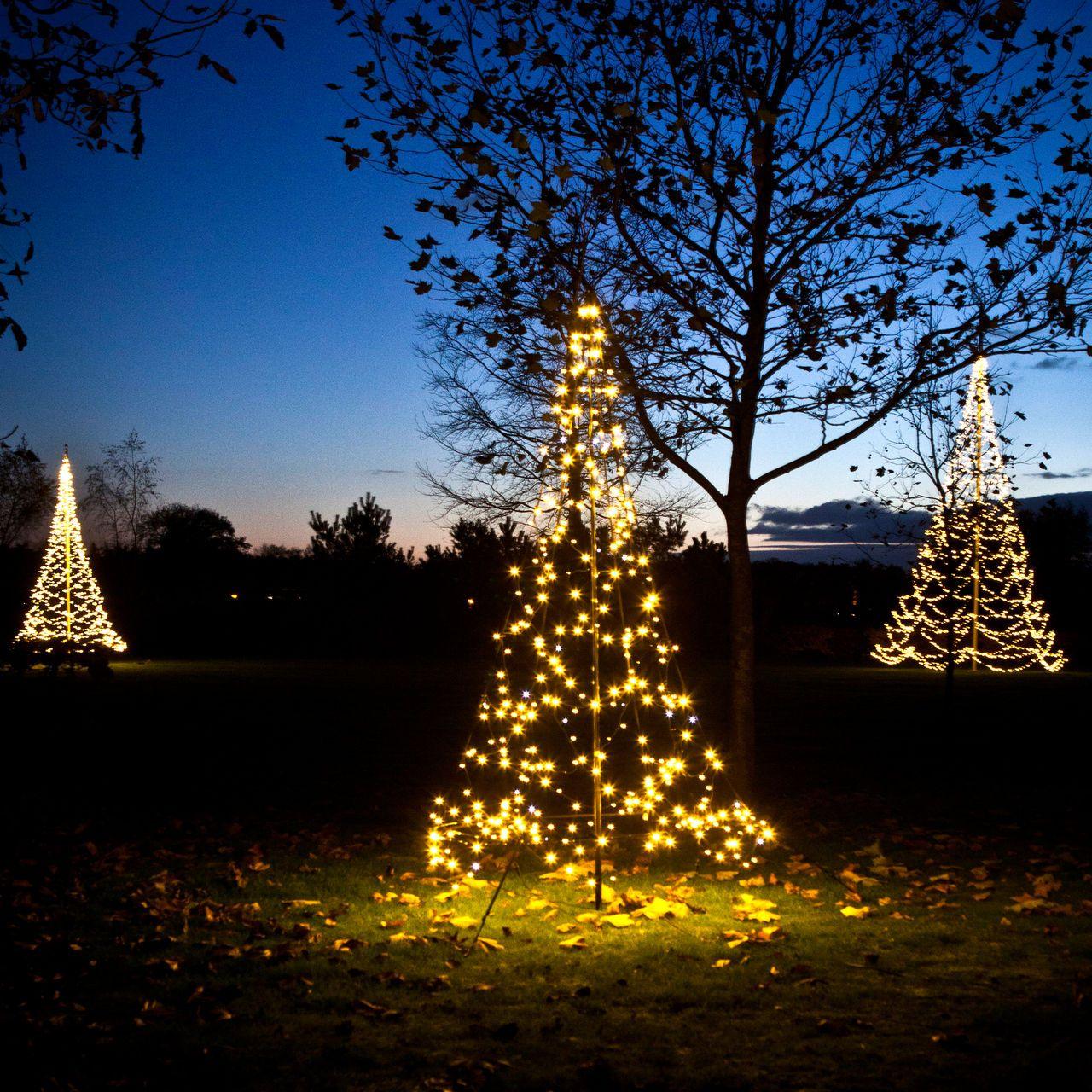 led weihnachtsb ume weihnachtsbeleuchtung aussen pinterest outdoor christmas decorations. Black Bedroom Furniture Sets. Home Design Ideas