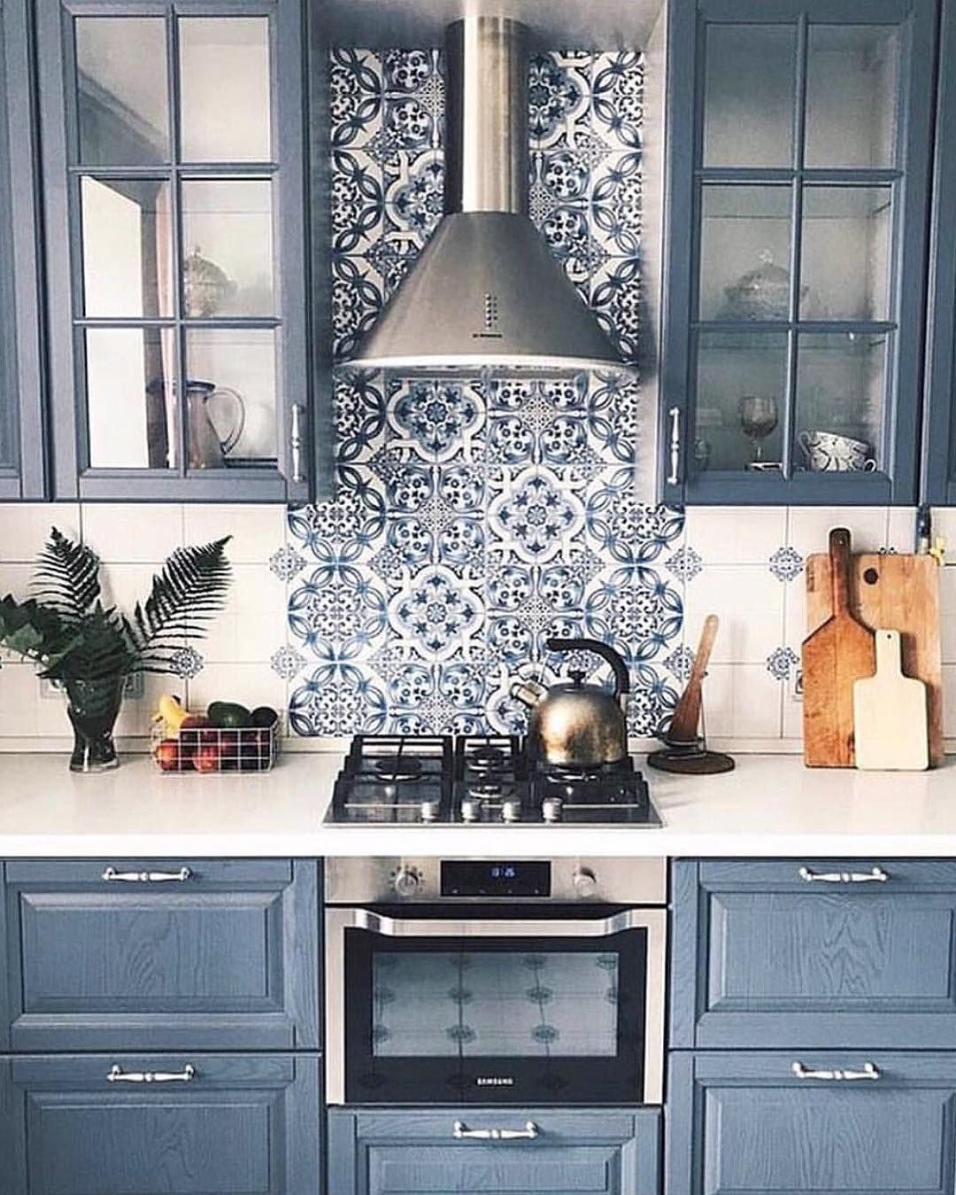 Here you have 9 of the coolest blue kitchen cabinets ideas with ...