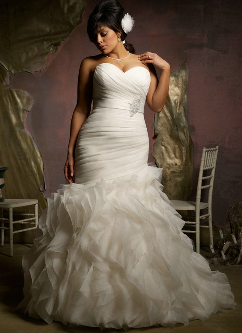 Trumpet style wedding dresses  plus size wedding dresses mermaid style   Leuke en bijzondere
