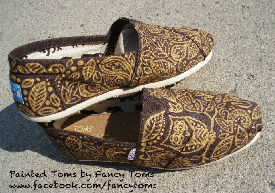 Toms Design handpainted custom toms shoes owl and leaf design 90 00 via