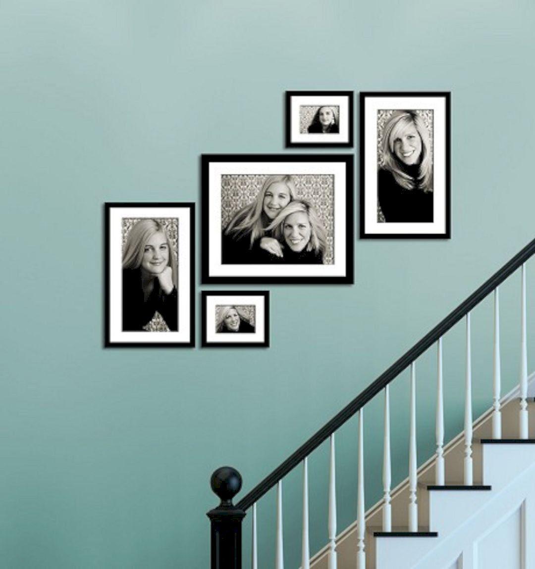 30 Wonderful Stairway Gallery Wall Ideas   Gorgeous Interior Ideas ...
