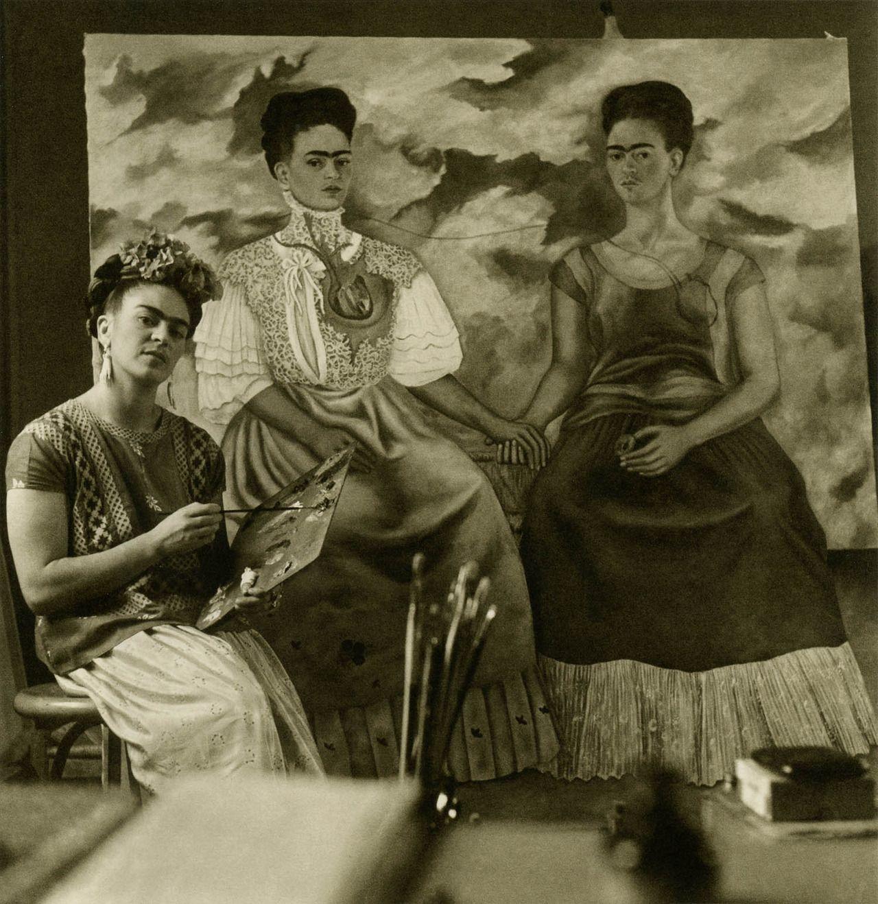 Frida Kahlo Painting Two Fridas 1938 With Images Frida