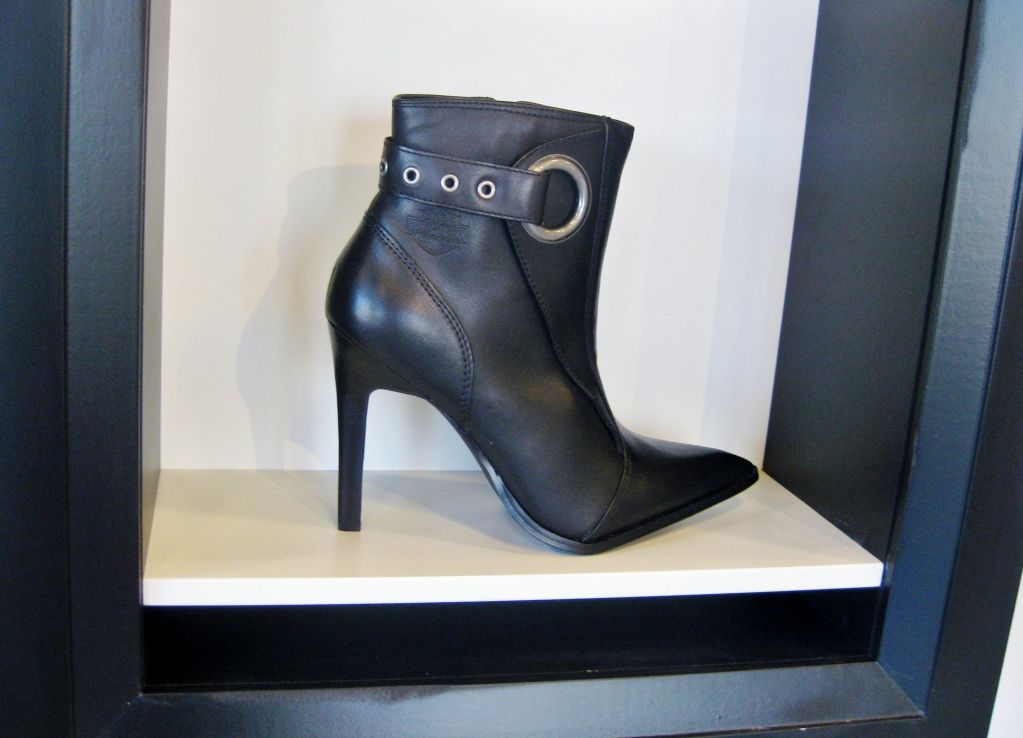 I want these!!Harley Davidson Bailey fashion boot