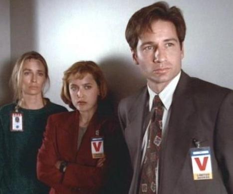 X-Files Aux frontiéres du réel S1 E9 Espace