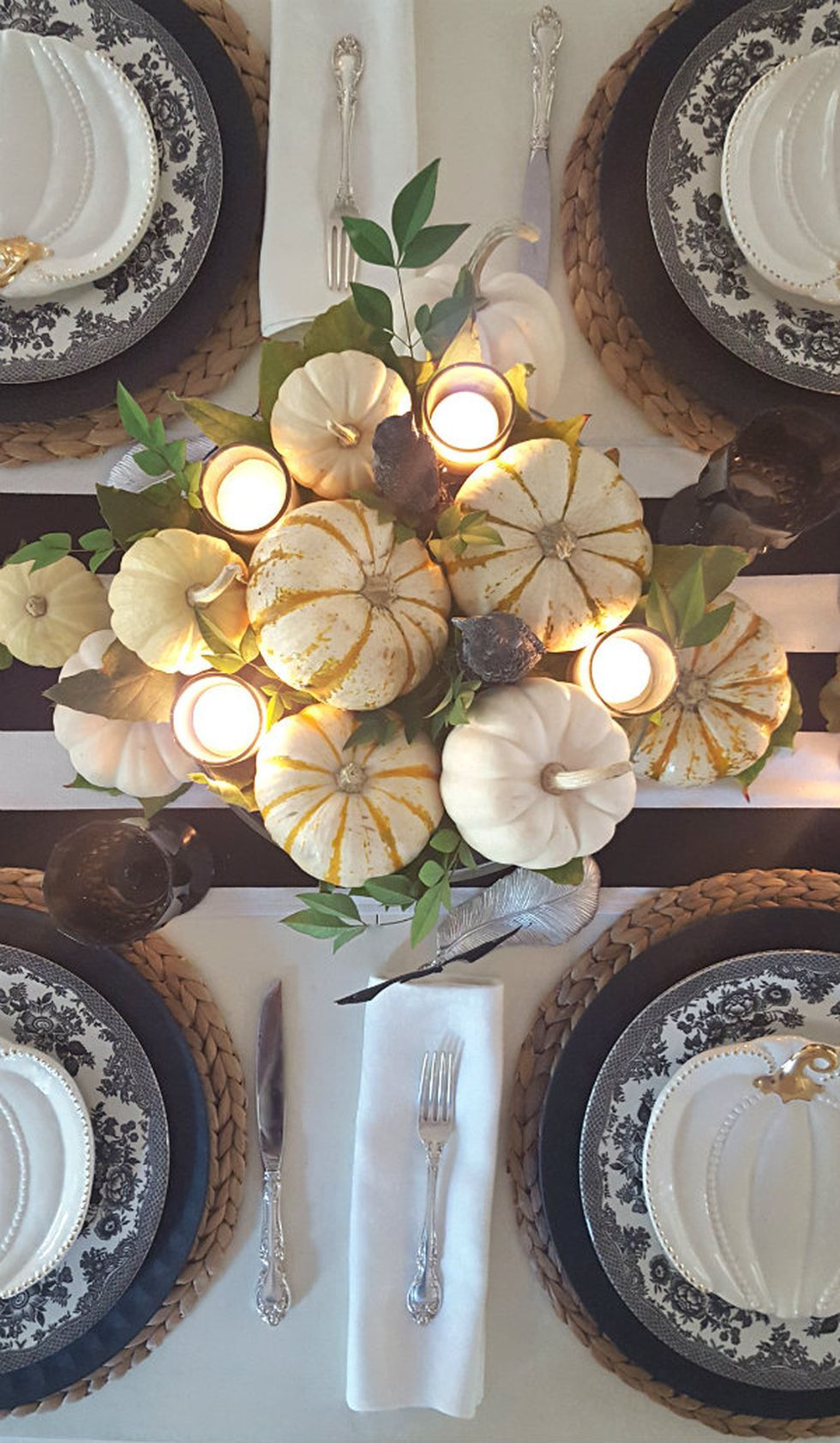 50 Inspiring Thanksgiving Centerpieces Table Decorations in This - Halloween Table Decorations Pinterest