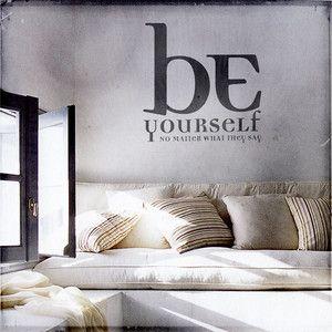 Klebebild Be Yourself 90 Jetzt Auf Fab Barral Inspirar Decoración De Unas