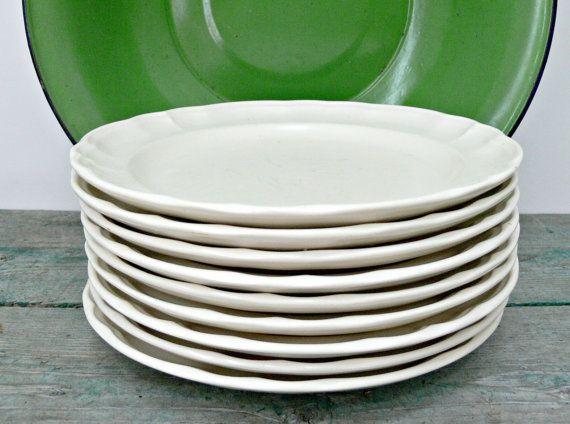 Vintage Pfaltzgraff Gazebo White Dinner Plates by EitherOrFinds $54.00 & Vintage Pfaltzgraff Gazebo White Dinner Plates - Set of 9   White ...