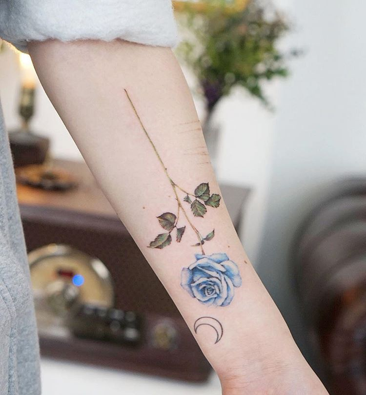 Blue Rose Artist Charming Tattoo Blue Flower Tattoos Flower Tattoo Foot Blue Rose Tattoos