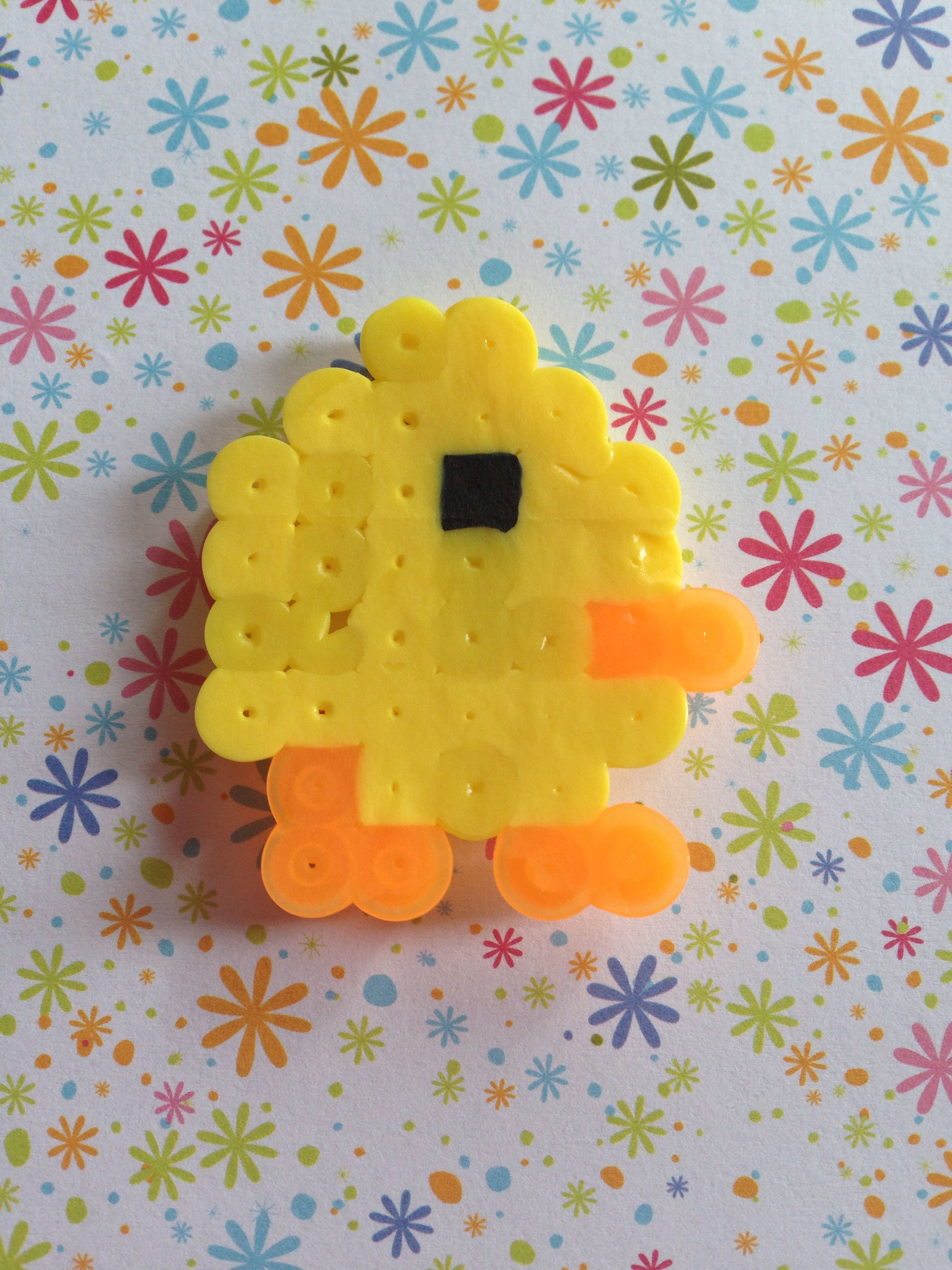 Pearler bead chick, perfect for spring. Very easy pattern!!!