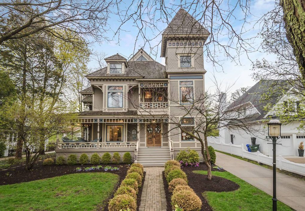 1893 stacey mansion in glen ellyn illinois mansions