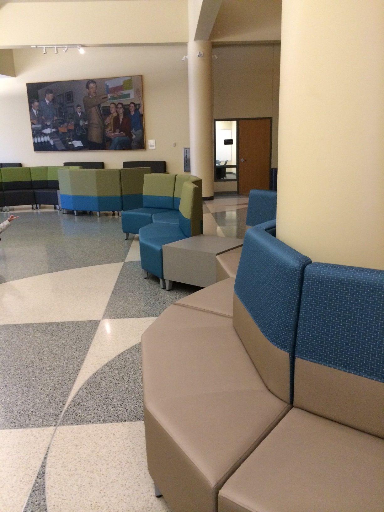 University of Nebraska Othmer Hall (Lincoln, NE) Fringe lounge ...
