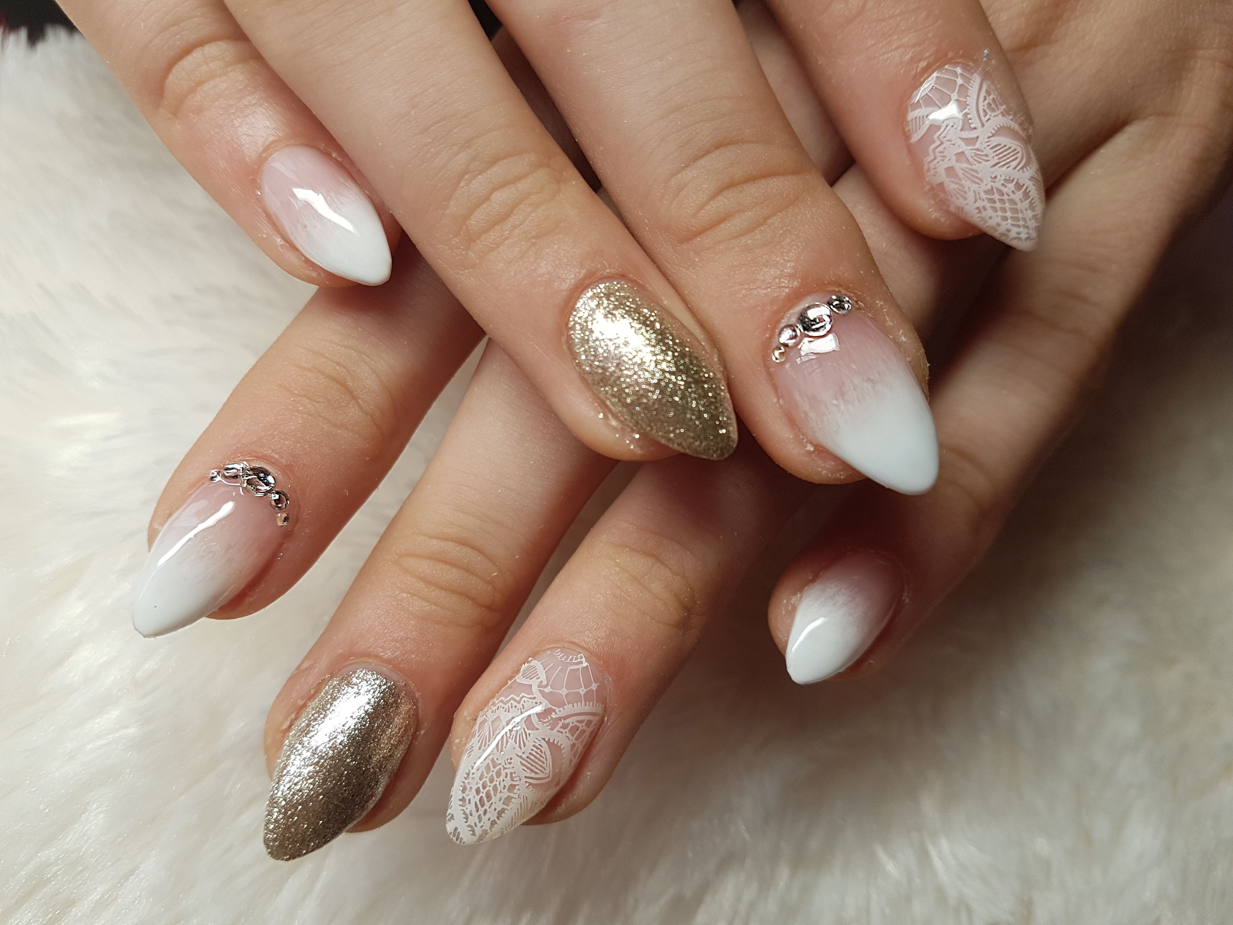 baby boomer nail art