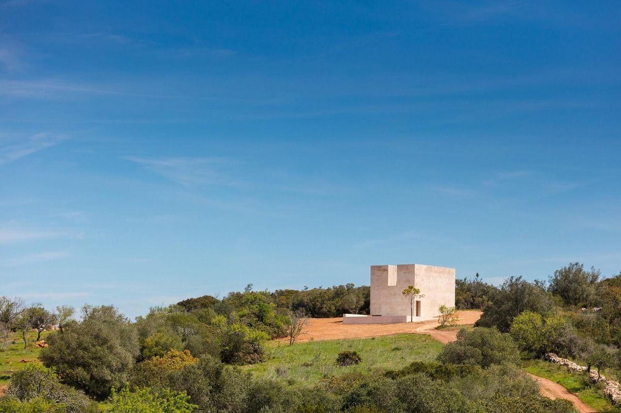 Capela Do Monte By Alvaro Siza Photo Joao Morgado Alvaro Siza Chapel Church Architecture