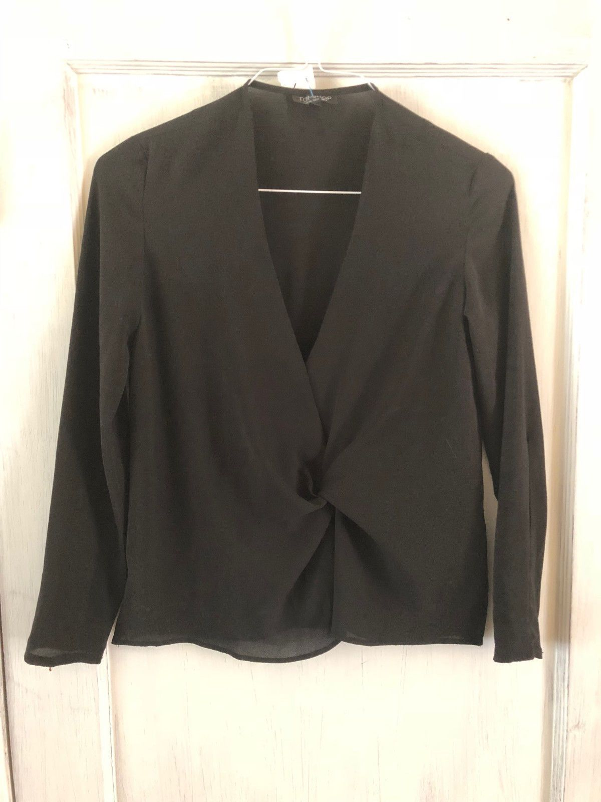 14.99 USD | Pre-Owned TopShop Woman's Long Sleeve Twist Top Black Size 2 |  #topshop #womans #sleeve #shop #menclothes #Shorts #ASOS #Aesthetic #Preppy  #90s ...