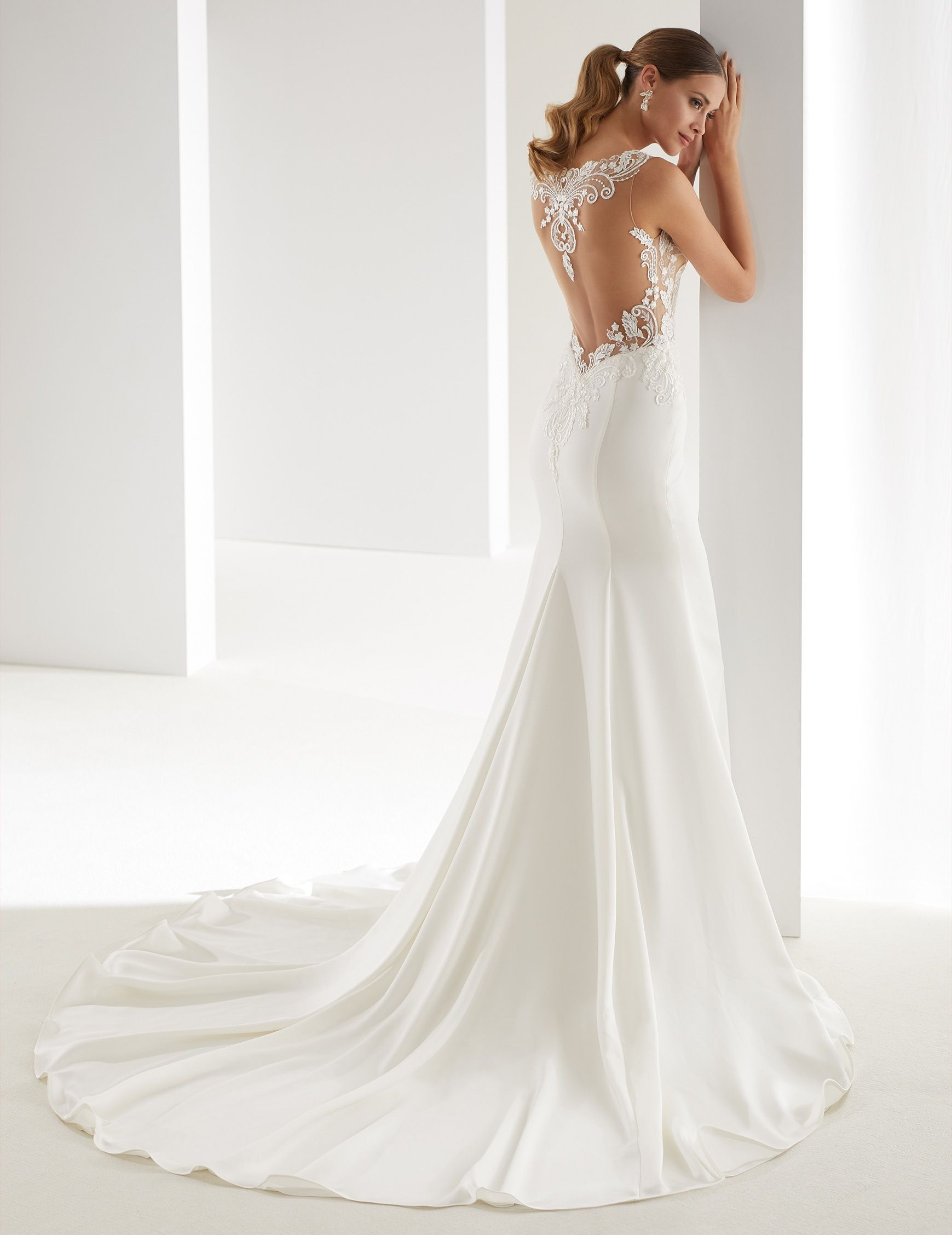 d2ae57fbe295 Wedding Dress Nicole - Collection AURORA AUAB19936 2019