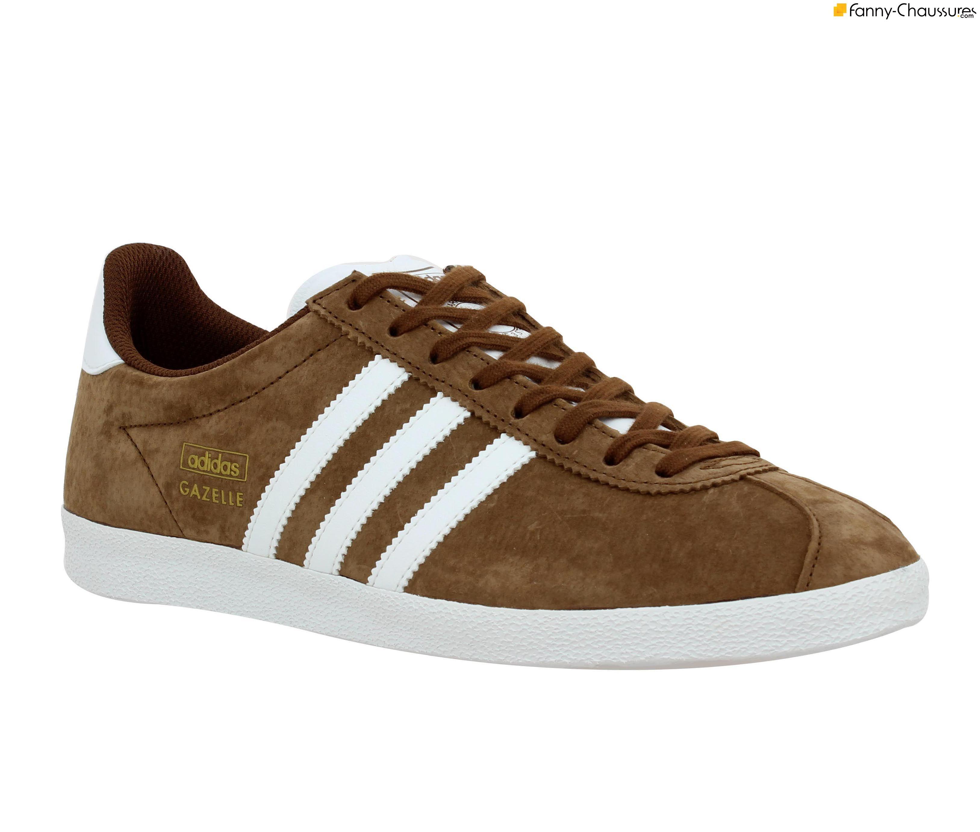 ADIDAS Gazelle velours Homme Marron + Blanc. Adidas GazelleTennisBaskets