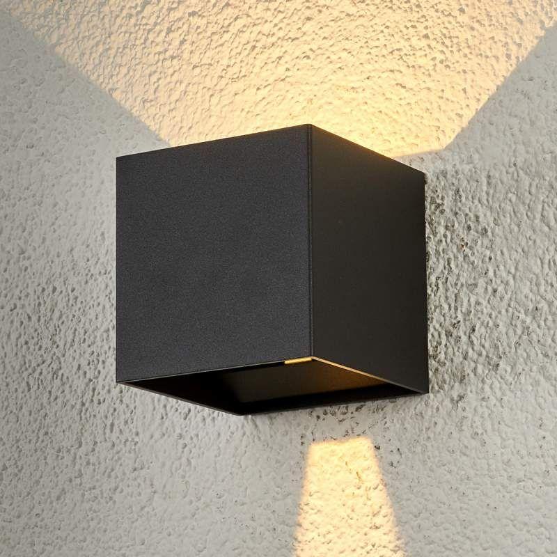 Buitenlamp Met Sensor Gamma.Kubusvormige Led Buitenwandlamp Ella Buitenwandlampen