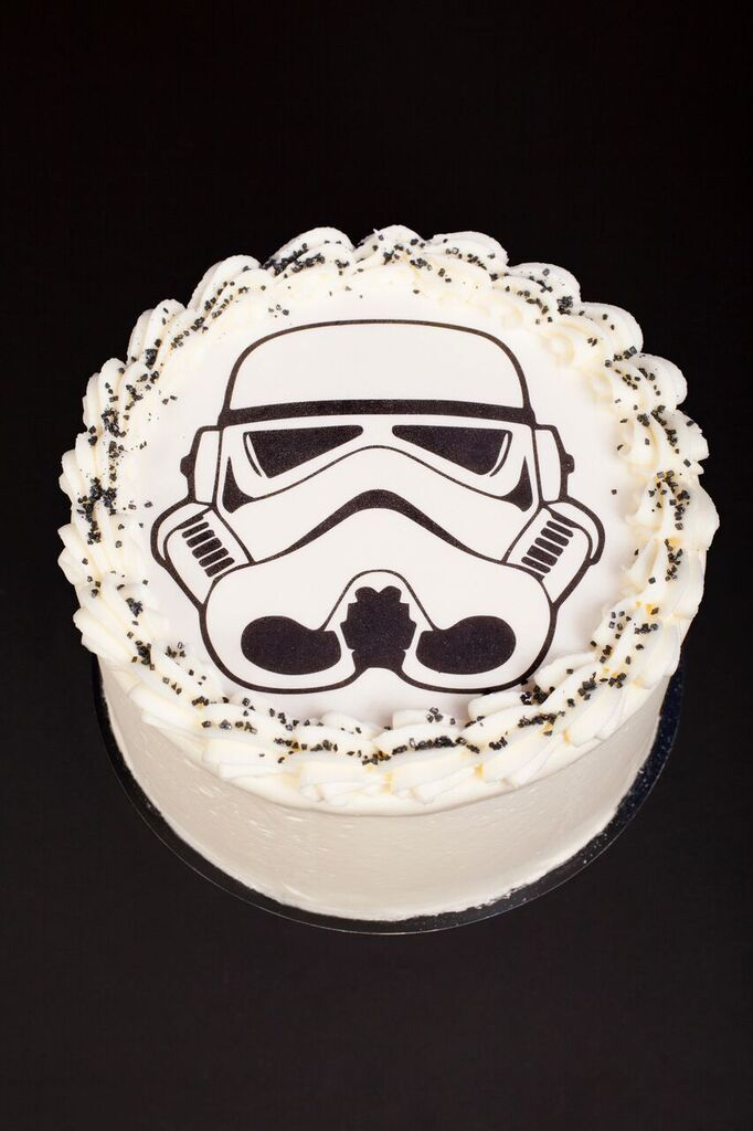 stormtrooper cake cr ation little petits g teaux cr dit asphodel sweet table star wars. Black Bedroom Furniture Sets. Home Design Ideas