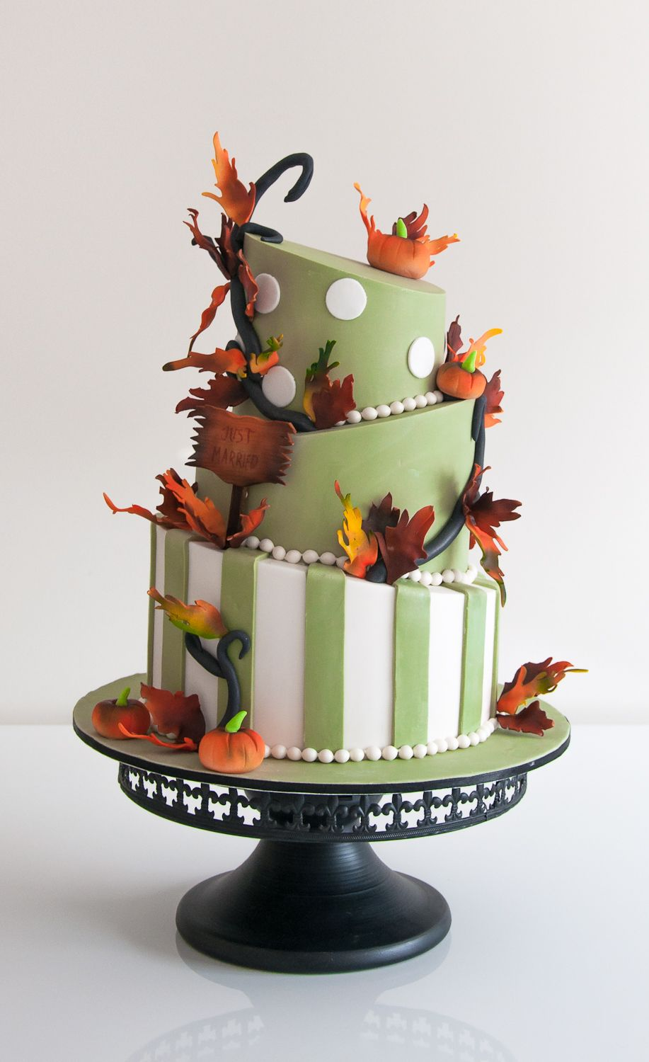 Birthday cakes impress your family and friends with a