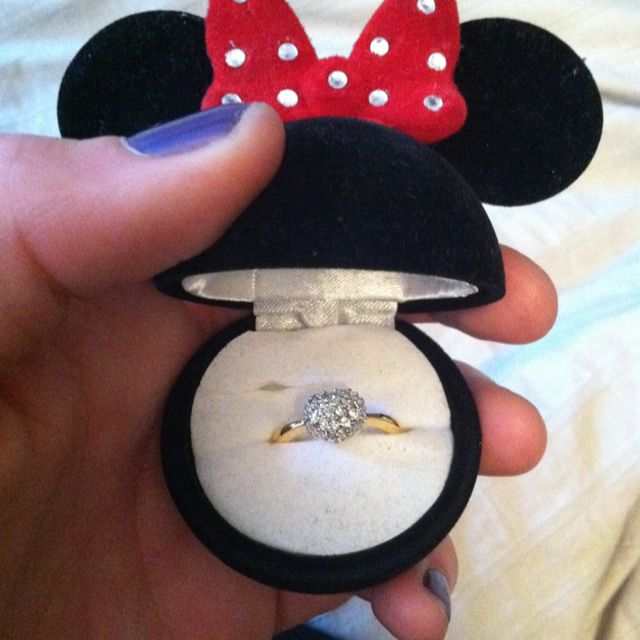 Engagement ring box   WEDDING ~Mickey & Minnie Mouse ...