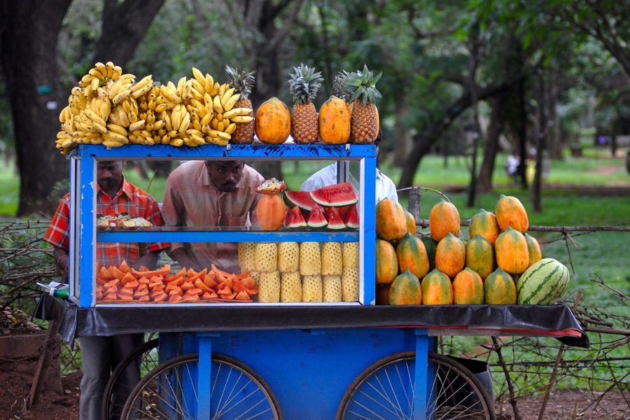The summer of indiaFruit vendors selling the seasonal