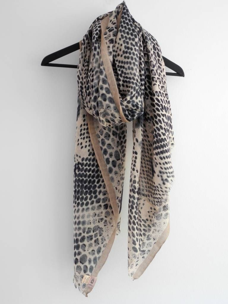sjaal BeckSondergaard Q-Russell Cat Grey, shawl, the best scarves now  online,
