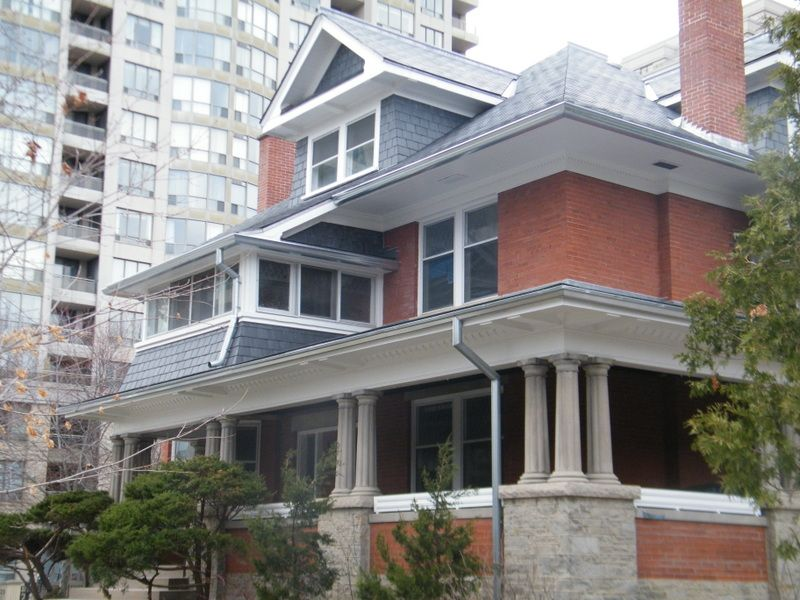 john mckenzie house in toronto built in 1913 a photo from 1918 showed a slate roof however over the years asphalt roof shingles were installed