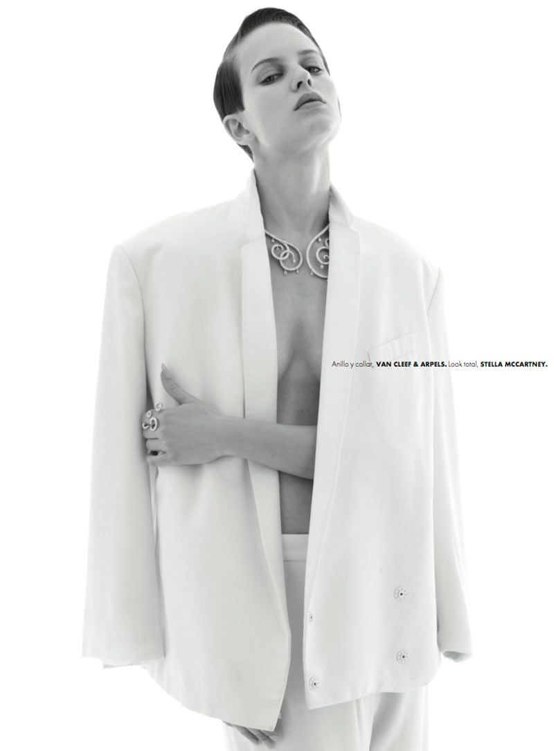 Ellinore Erichsen Is A Minimalist For Elle Mexico May 2013