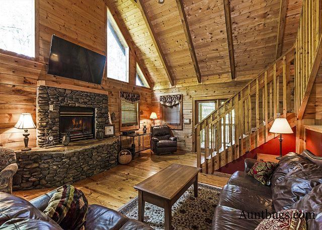 Sevierville Cabin Rental Beaver Fever 229 3 Bedroom Leather