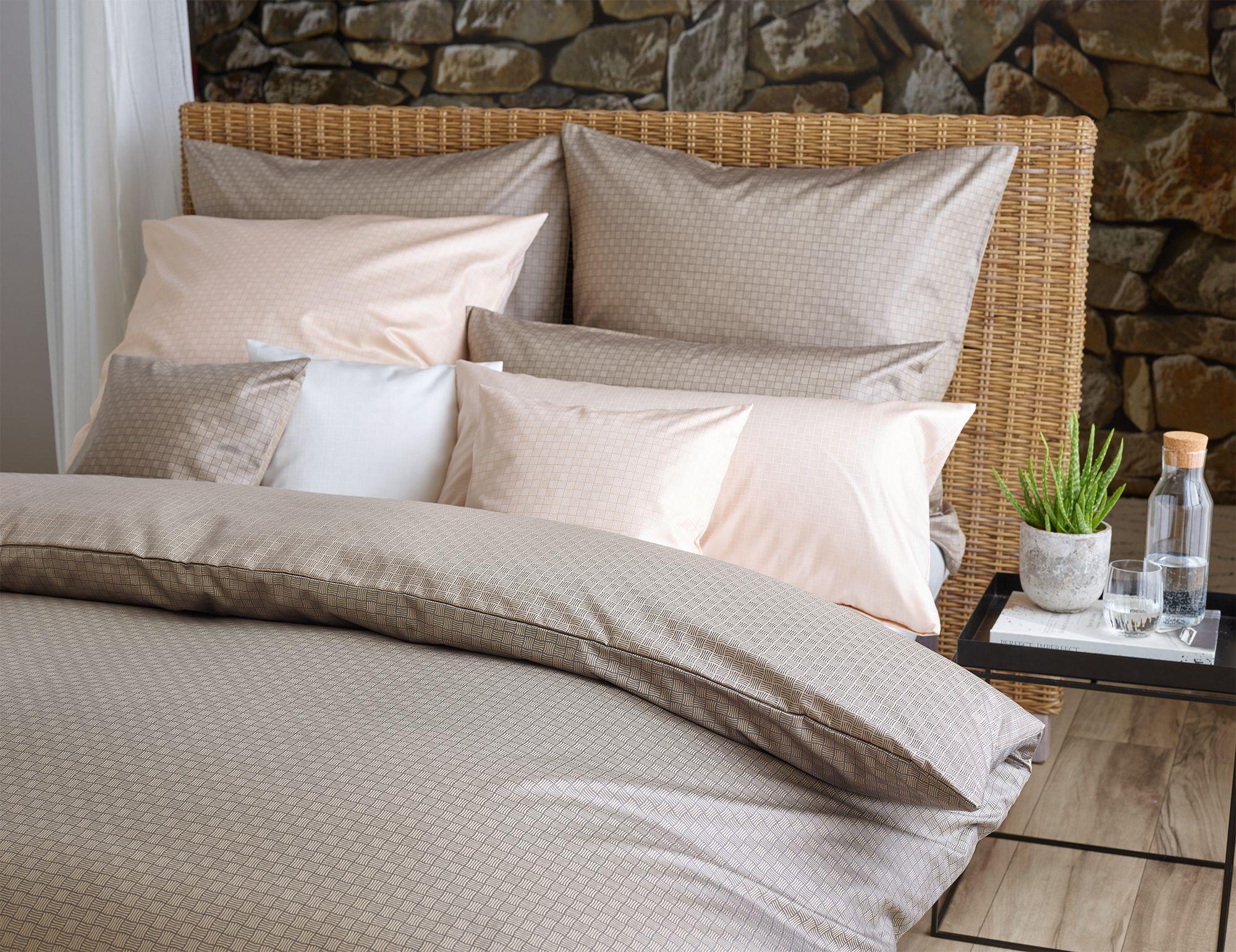 Hochwertiger Wende Brokat Damast In Kreide Sand Oder Perlgrau Bettwasche Schlafzimmer Design Bett