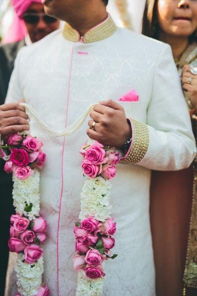 Pink And White Jaimala Indian Wedding Garland Indian Wedding Flowers Flower Garland Wedding