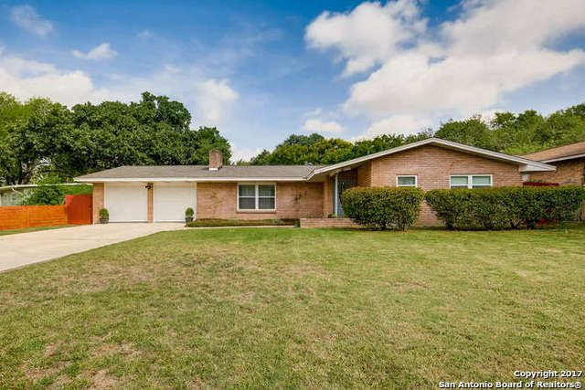 Single Family Detached San Antonio Tx Open House 9 23 1 4 9 24 2 4 Move In Ready Renovated With Many Upg Sale House Family Room Fireplace Land For Sale