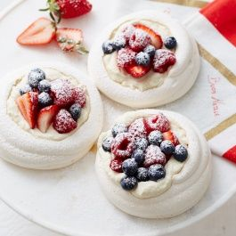 Meringue nests with whipped coconut cream and fresh summer berries. These worked and tasted great. Used yoghurt instead of coconut cream.