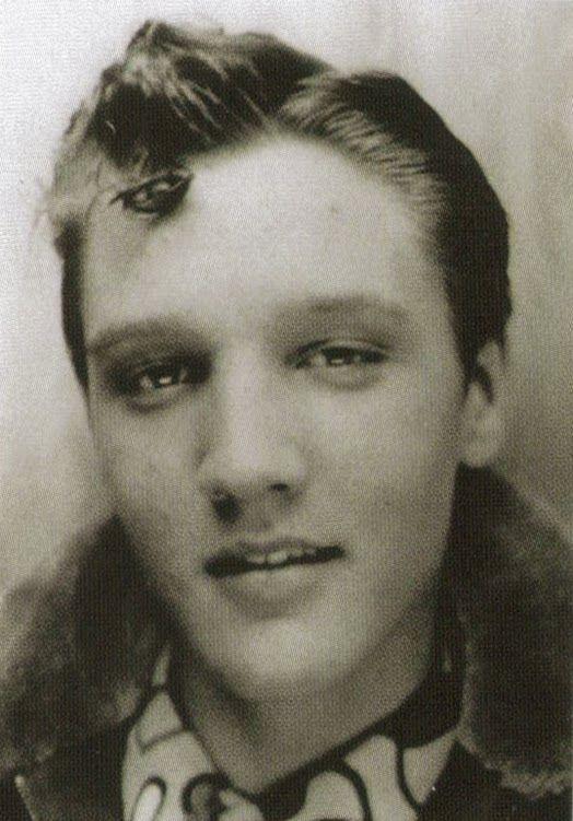 Pin By Coty Mullins On Elvis Presley Pinterest Elvis Presley