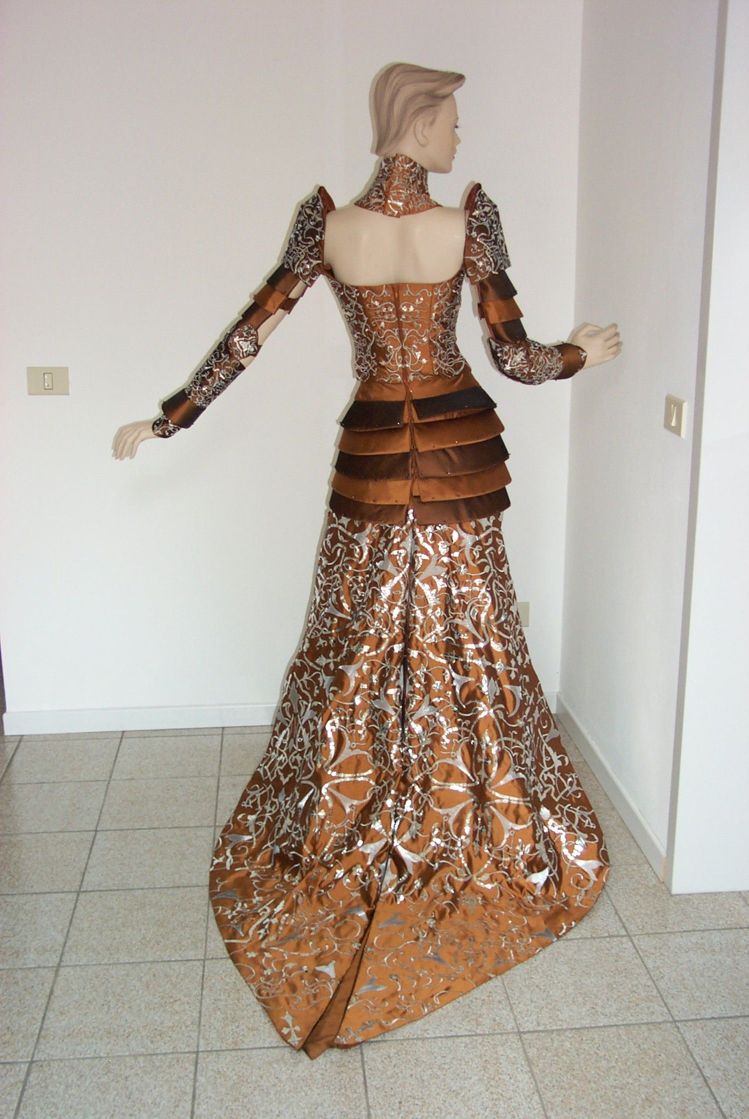#Woman dress , by GMI srl