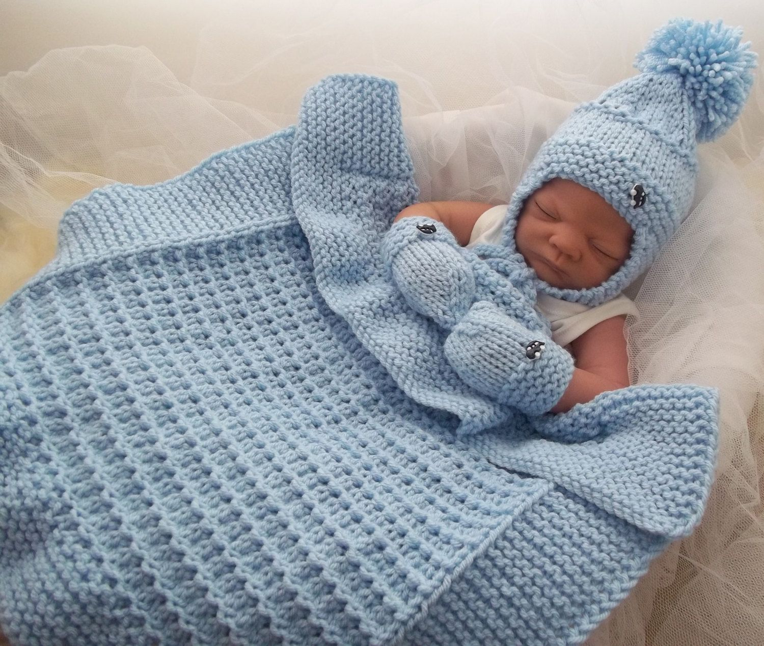 Knitting Pattern For Baby Hat And Mittens : Baby Knitting Pattern Chunky Baby Pram Blanket Hat & Mittens - Easy Knit ...