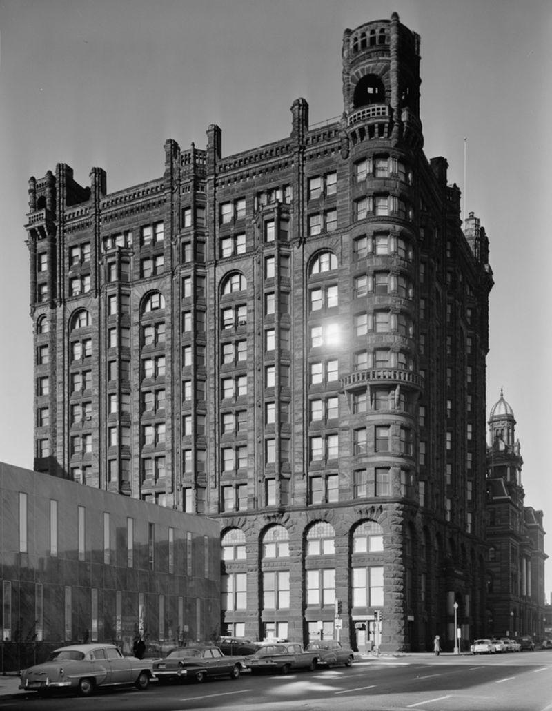 Minneapolis Metropoliitan building 1890-1961