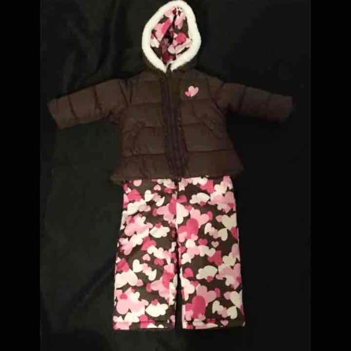 96a251157 OshKosh B gosh Snow Suit Size  24 Months - Mercari  Anyone can buy ...