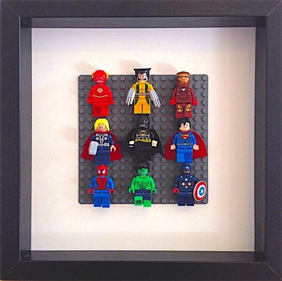 lego super heroes encadr es wall art figurines flash par. Black Bedroom Furniture Sets. Home Design Ideas