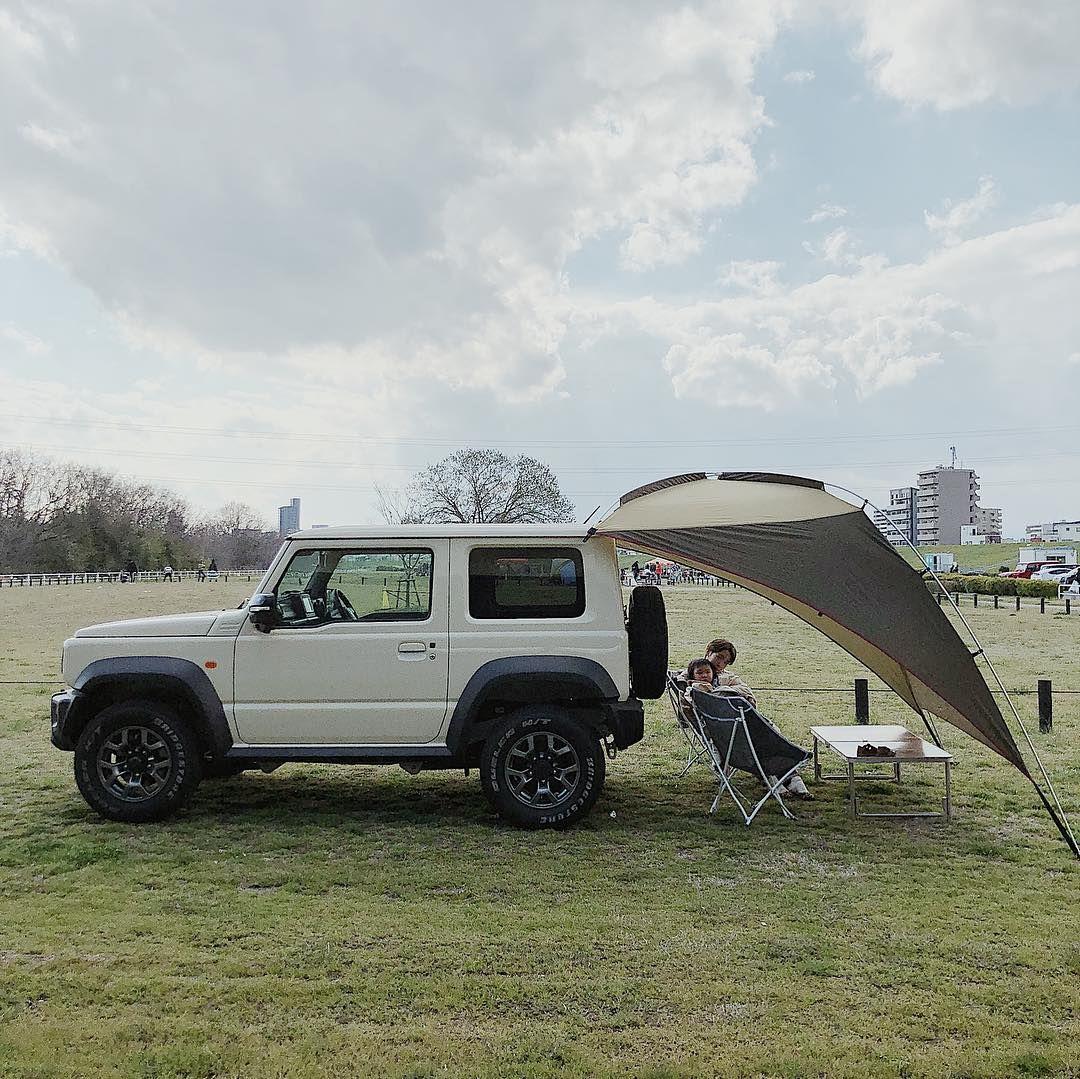 安藤聖規 On Instagram Ogawaのカーサイドタープ ジムニーのカタログで見てから欲しくなってた これは車に積みっぱなしでどこでも簡単ピクニック気分 カーサイドタープ Ogawa ジムニーシエラ Camphack取材 ジムニー ジムニーシエラ カーキャンプ