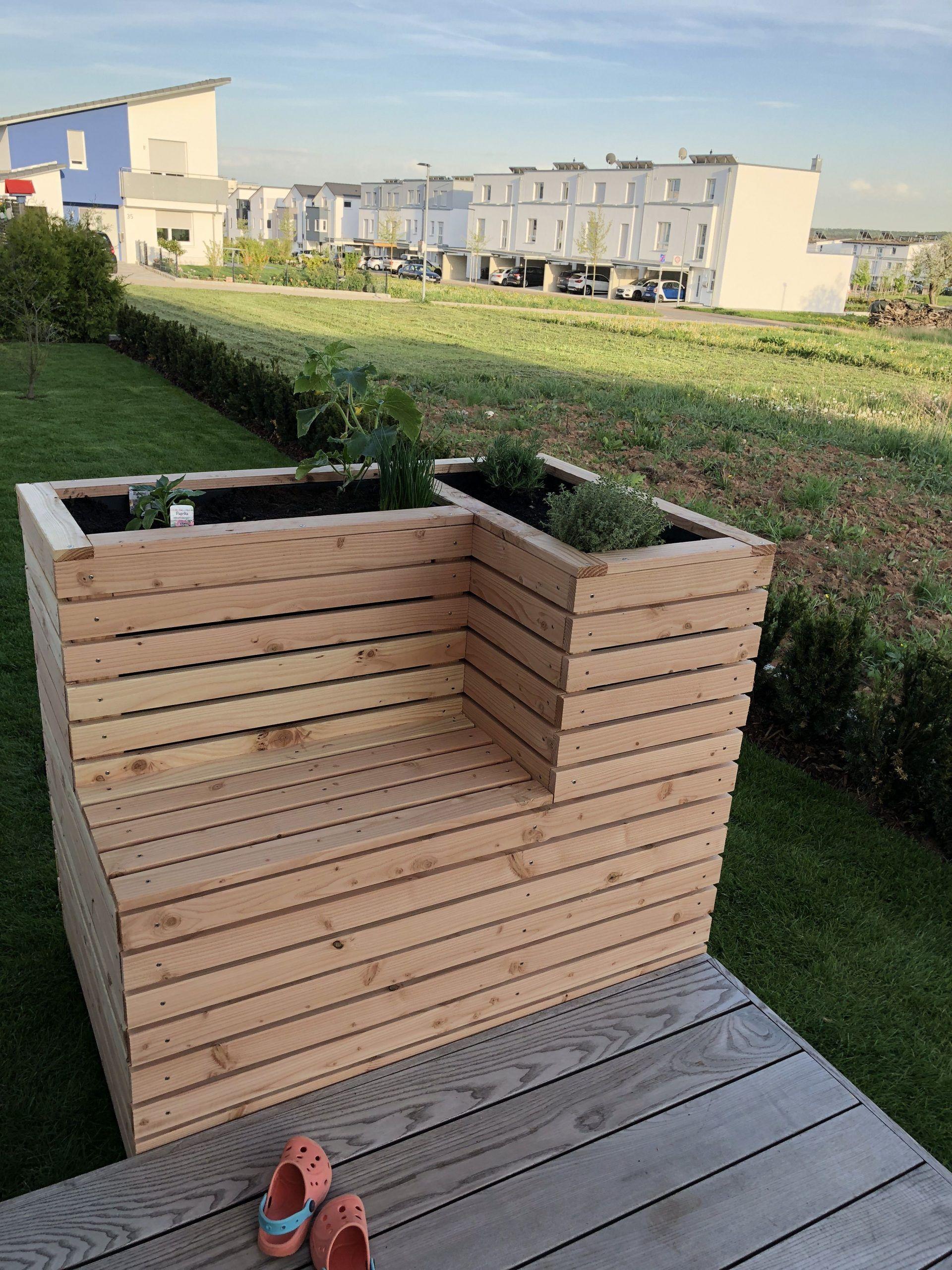 Precious Tips For Outdoor Gardens In 2020 Planter Bench Garden Beds Raised Garden Beds